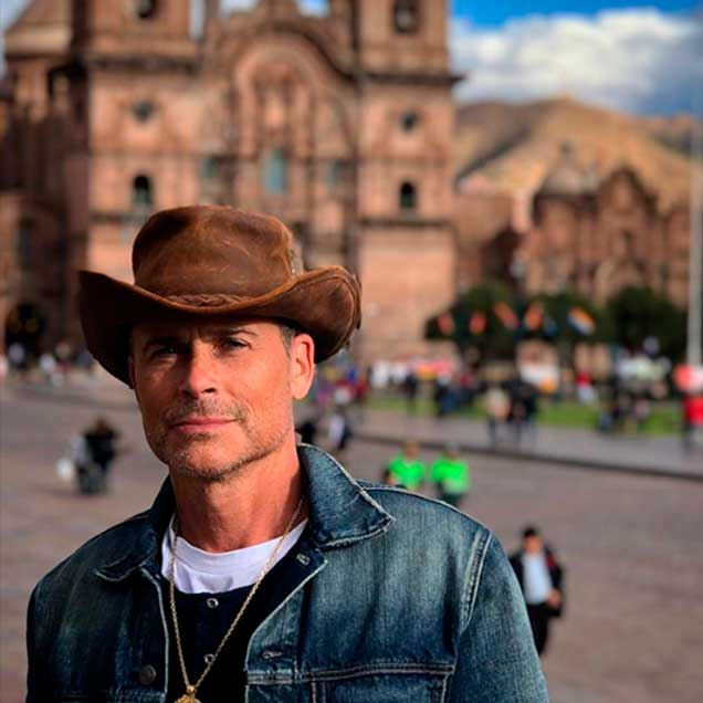 actor-rob-lowe-cusco