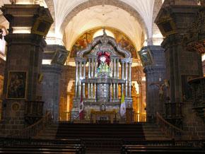 Retablo principal de la Catedral del Cusco