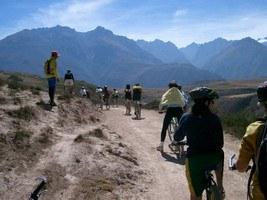 Excursion en Bicibleta en Moray Cusco