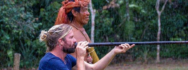 Nativos en la Selva Amazonica