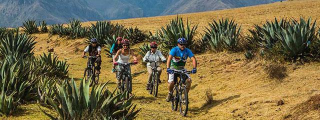 Excursión en Bicicleta en Maras Moray