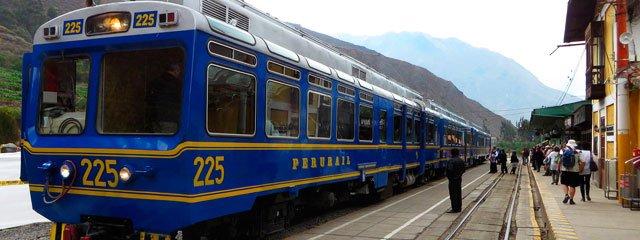Tren Peru Rail a la Ciudadela de Machupicchu